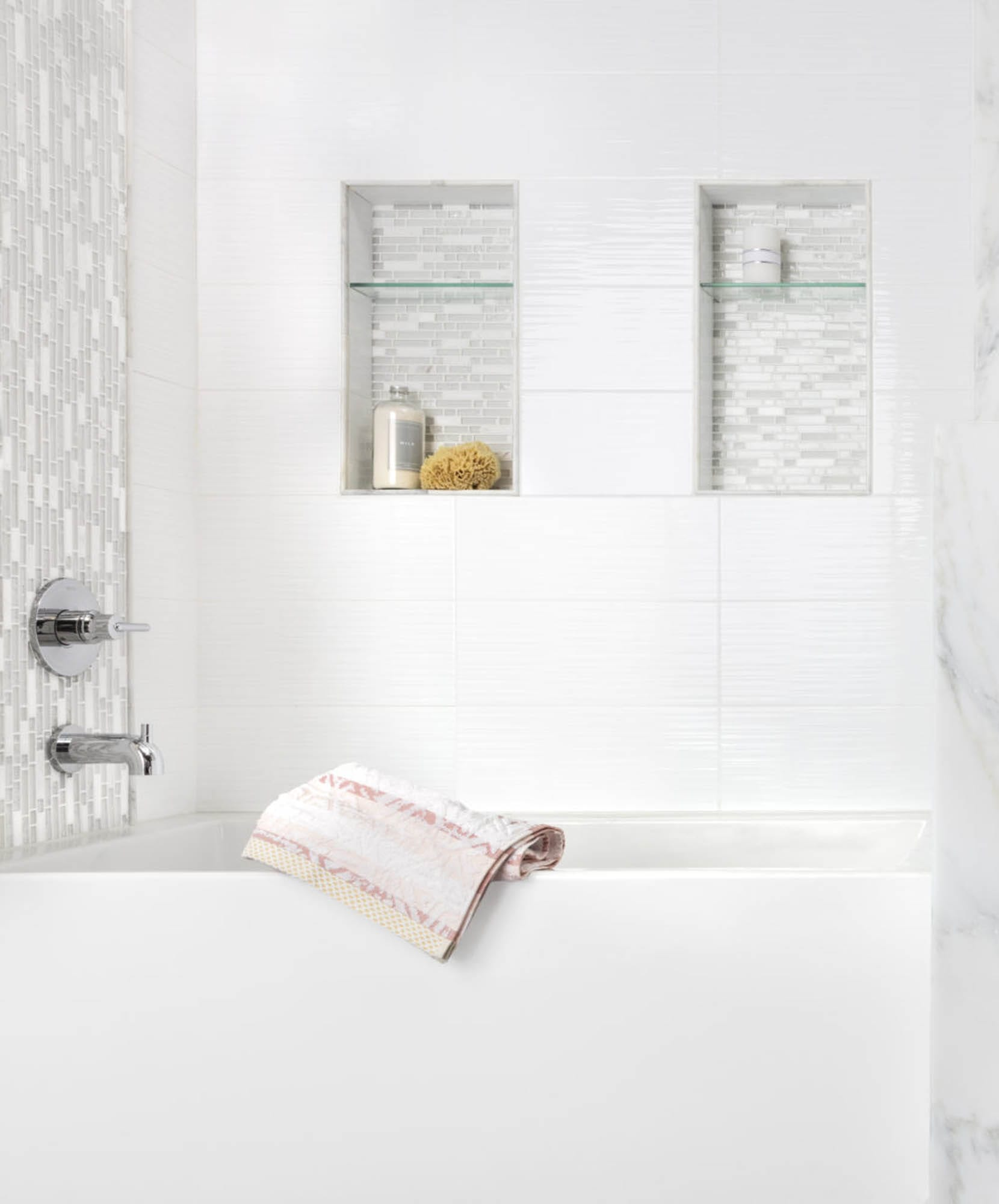 White bathroom tile mosaic