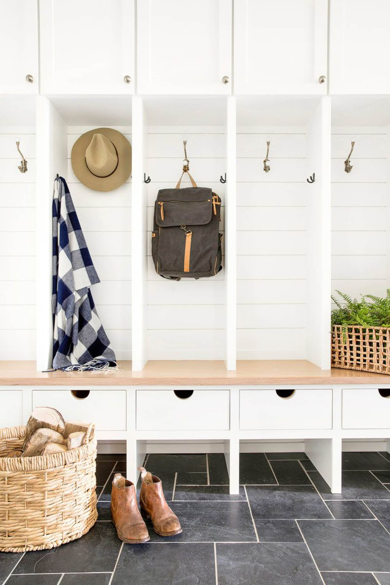 Chic mudroom