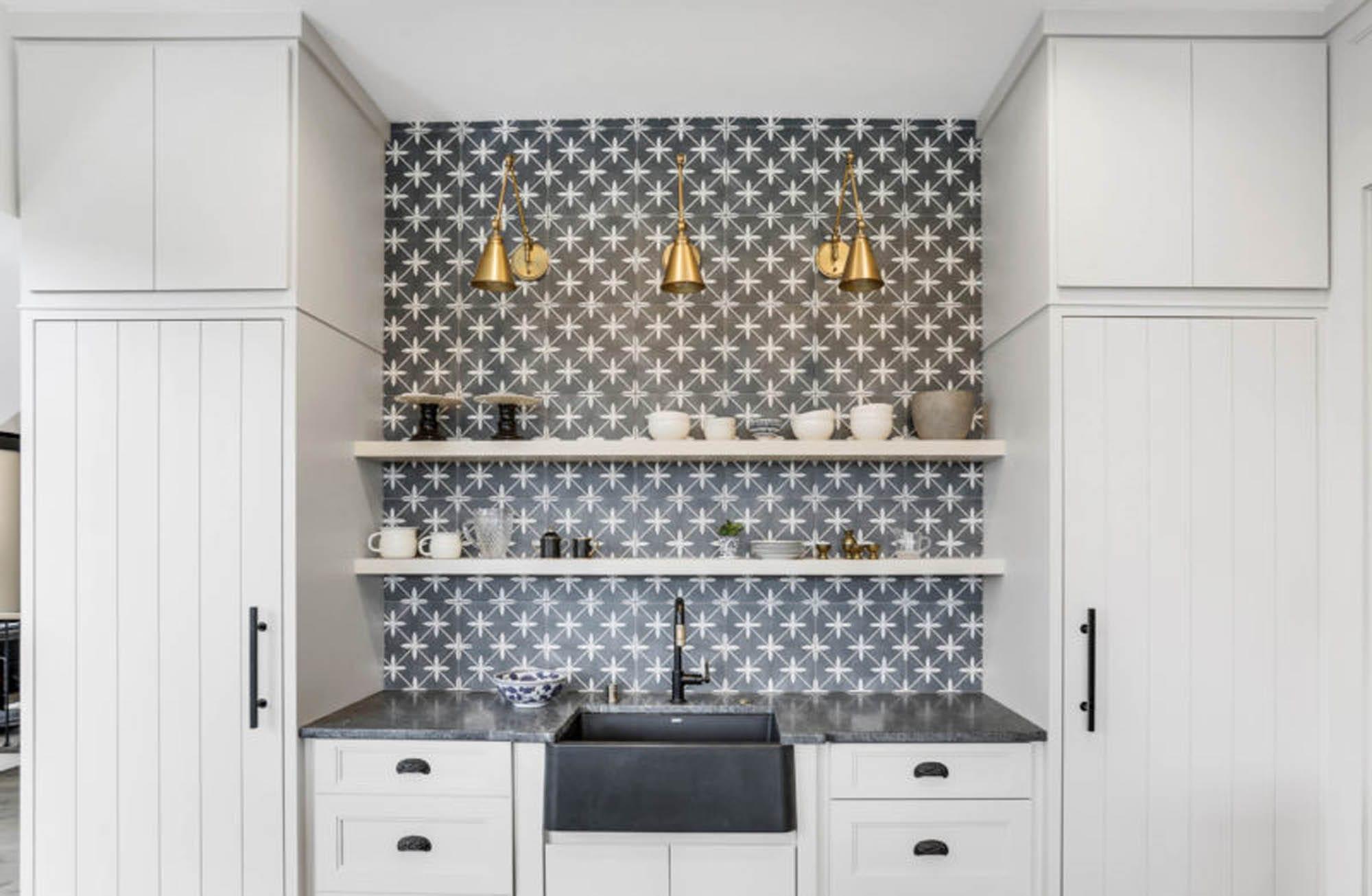wall tile backsplash