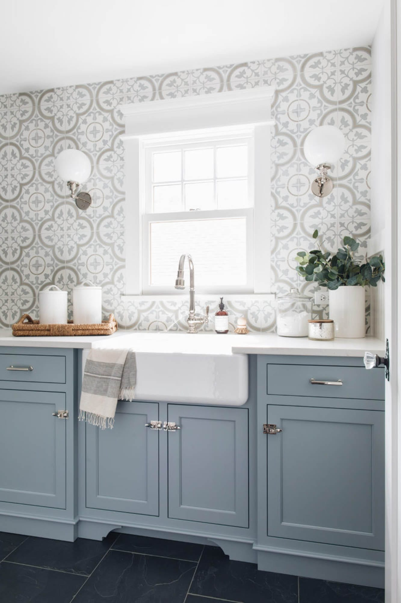 laundry room tile patterned