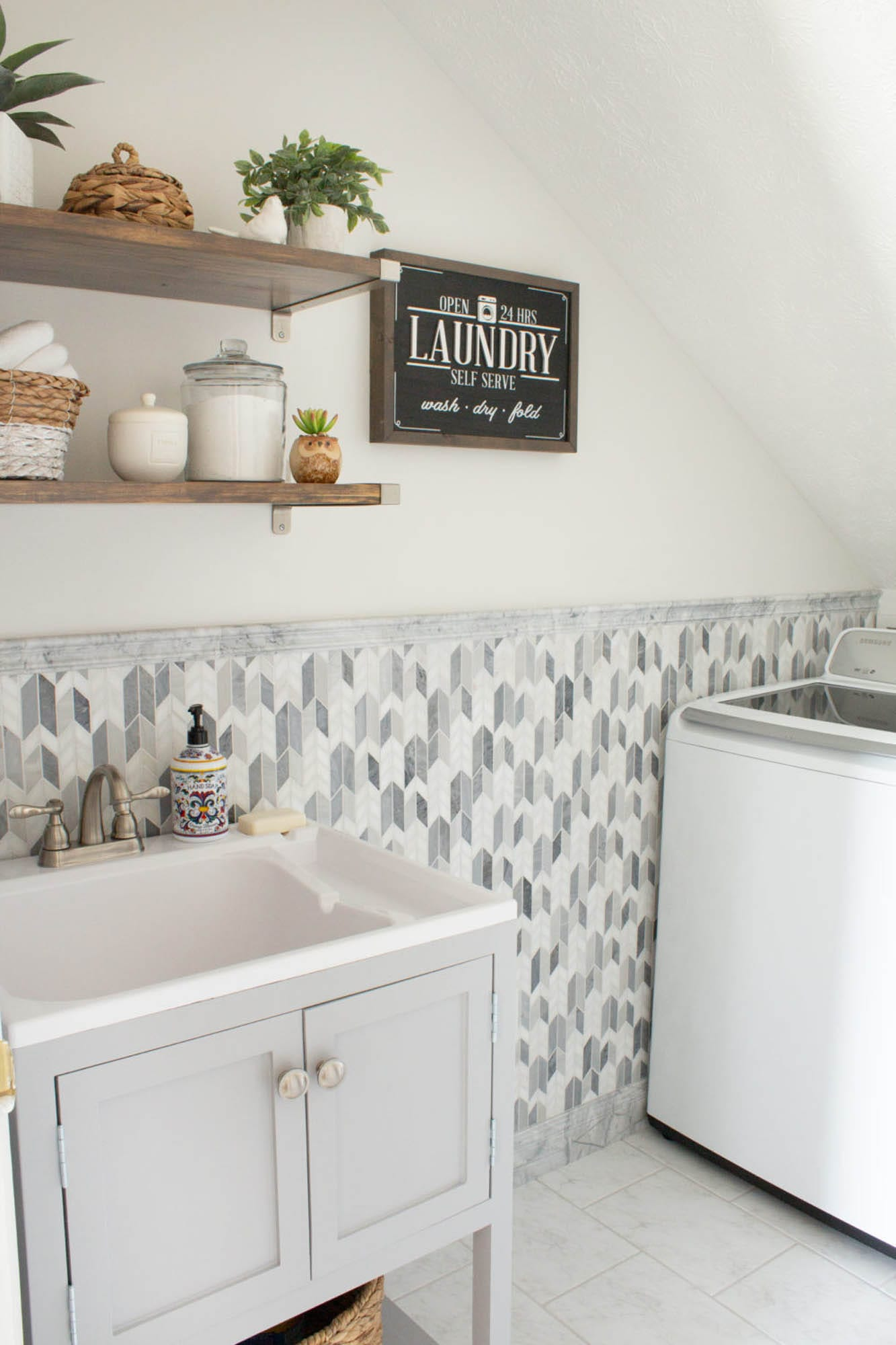 Marble and marble-look laundry room tile
