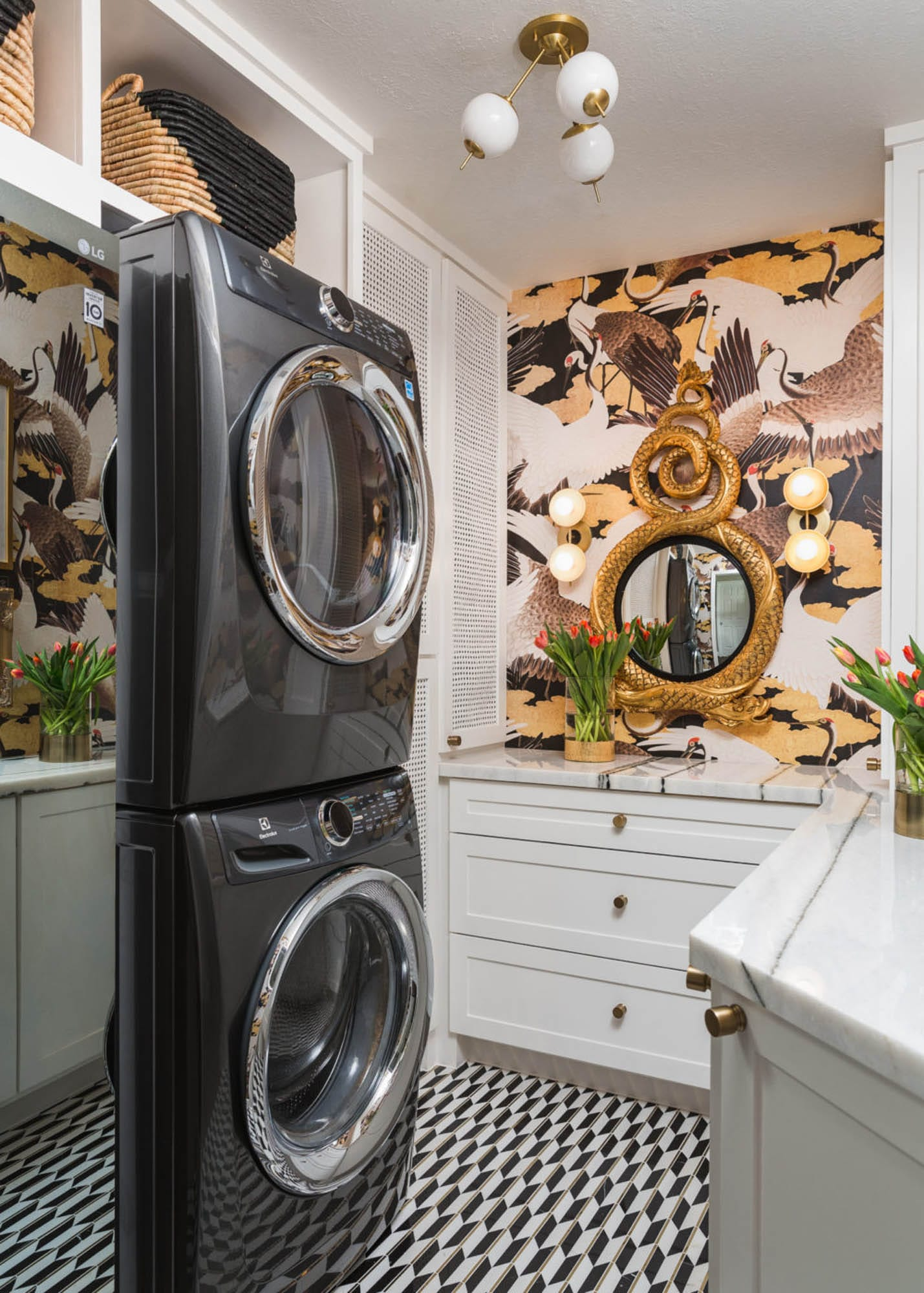 Black and gold laundry room