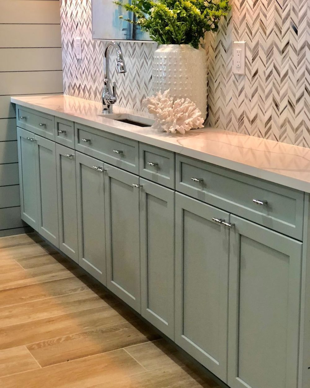 chevron tile bar
