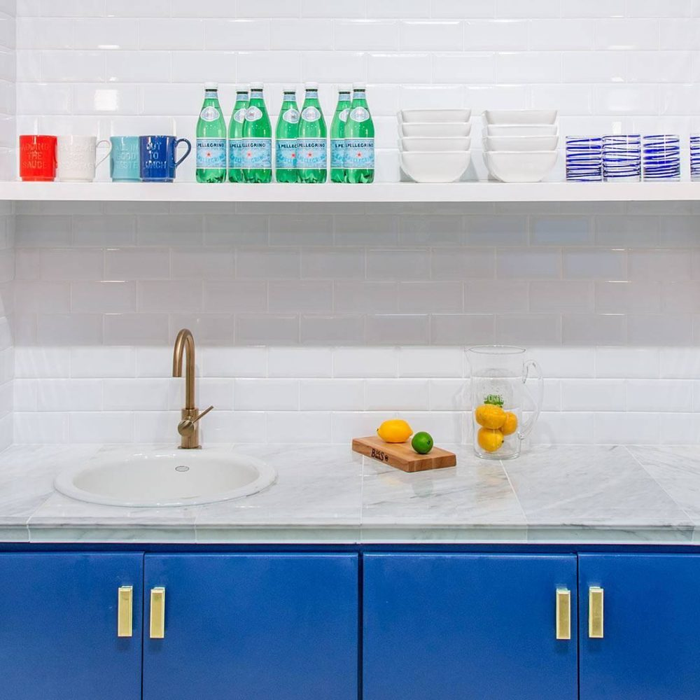 white subway tile wet bar